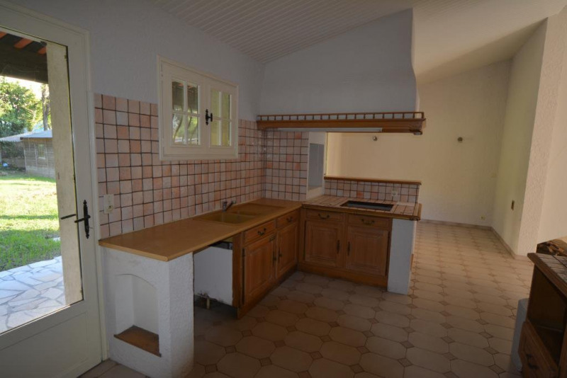Deluxe sale house / villa Antibes 595000€ - Picture 7