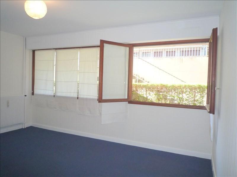Location appartement Le pecq 695€ CC - Photo 2