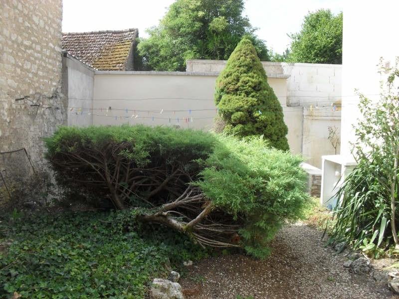 Location maison / villa Bazarnes 578€ CC - Photo 5