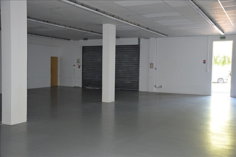 Location local commercial Flourens 800€ HT/HC - Photo 2