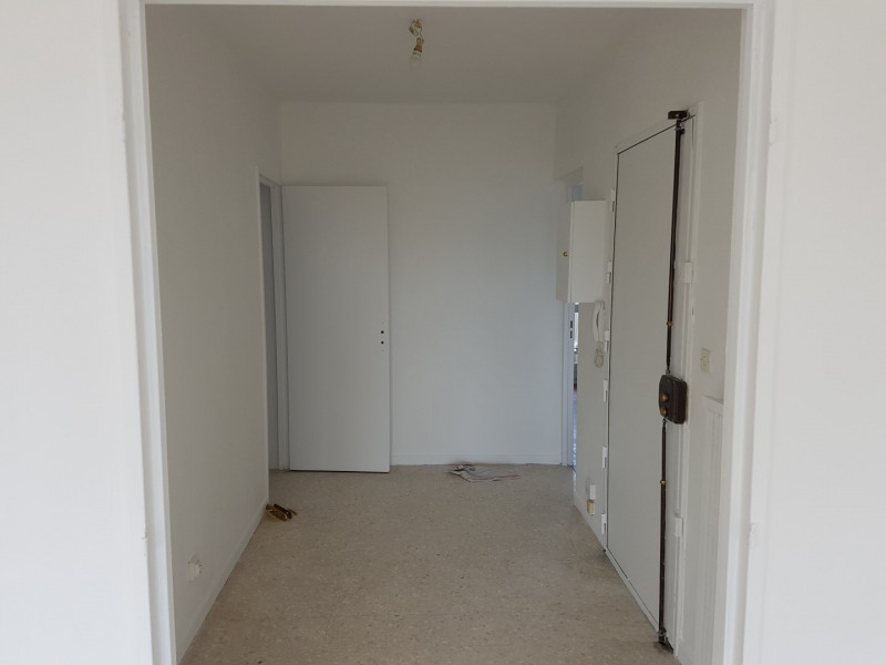 Location appartement Aix-en-provence 1 166€ CC - Photo 3