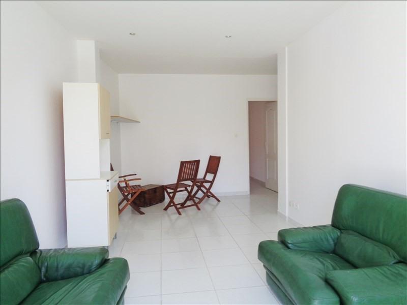 Location appartement Toulon 819€ CC - Photo 1