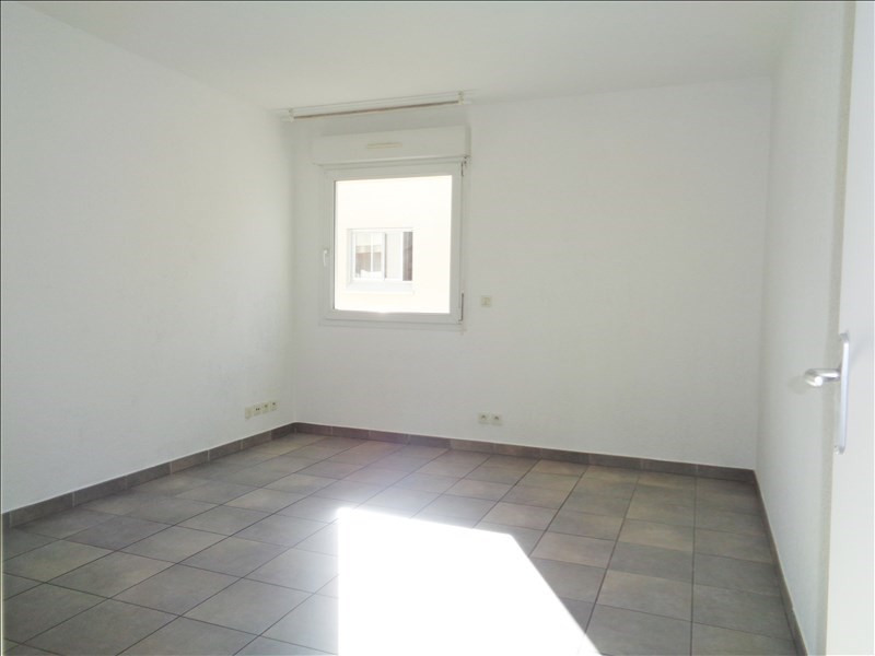 Location appartement Toulon 488€ CC - Photo 1