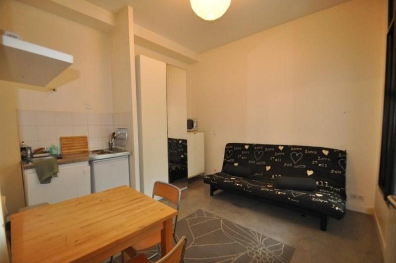Location appartement Paris 11ème 800€ CC - Photo 1