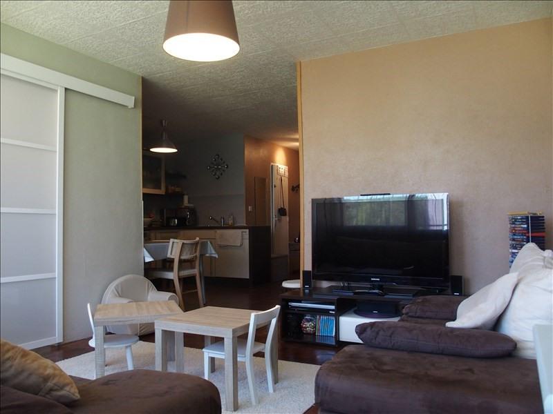Sale apartment Gaillard 148000€ - Picture 2