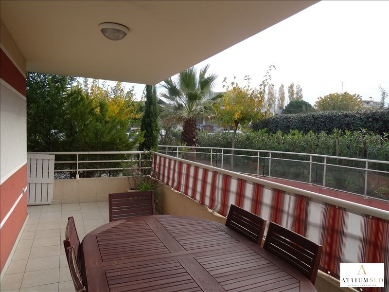 Sale apartment Frejus 331500€ - Picture 1