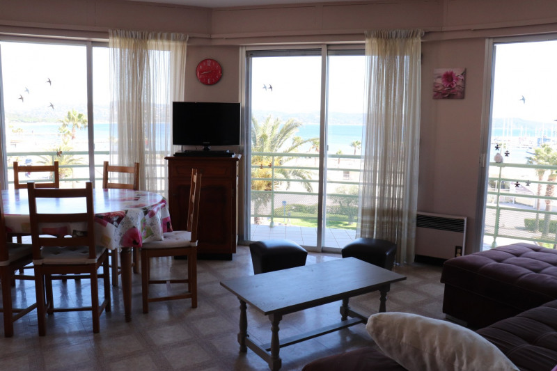 Vacation rental apartment Cavalaire sur mer 400€ - Picture 3