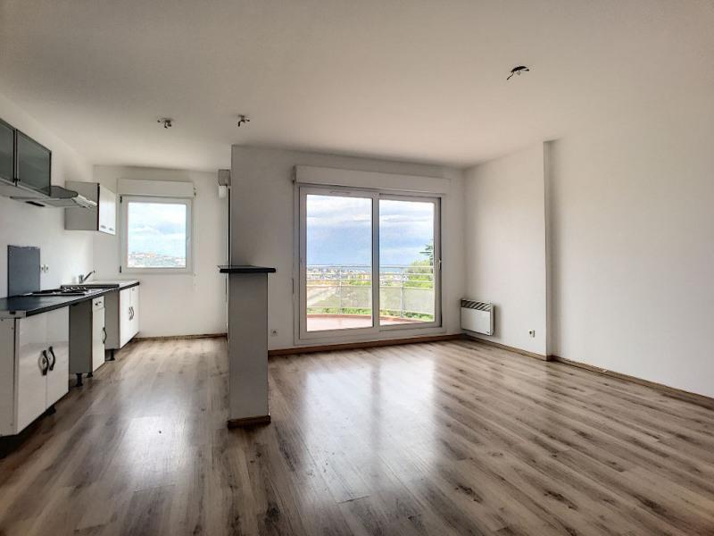 Sale apartment Saint laurent du var 232000€ - Picture 2