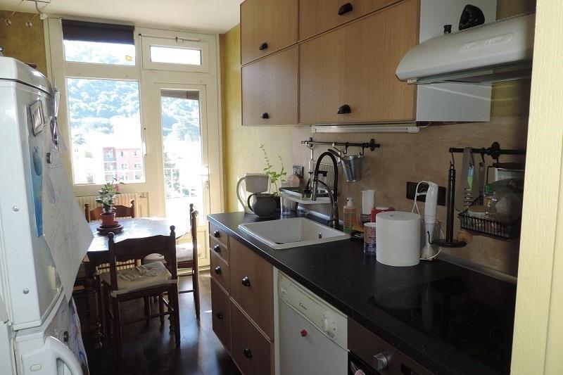 Verkoop  appartement Vienne 135000€ - Foto 2
