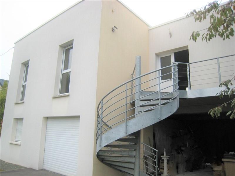 Deluxe sale house / villa Maurecourt 775000€ - Picture 1