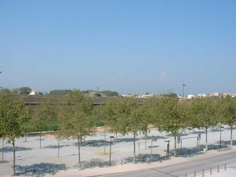 Vacation rental apartment Roses - centre 552€ - Picture 1