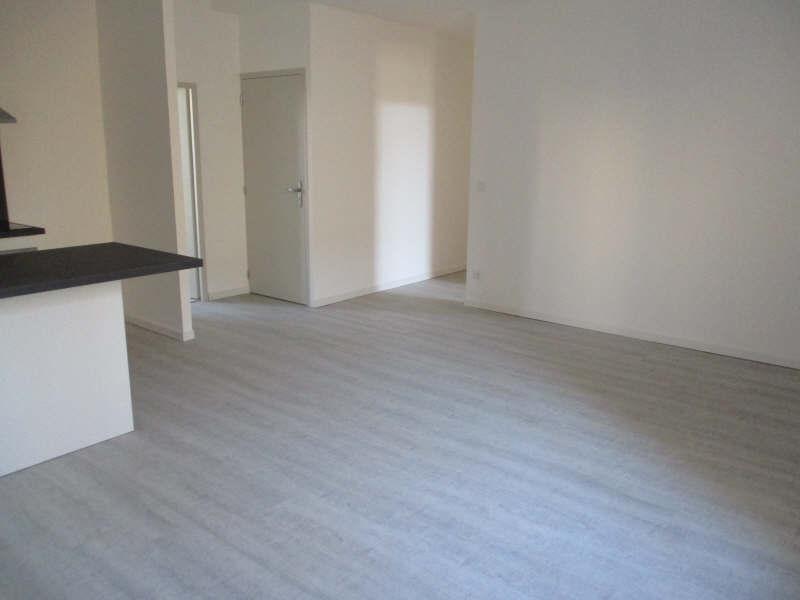 Rental apartment Salon de provence 860€ CC - Picture 7
