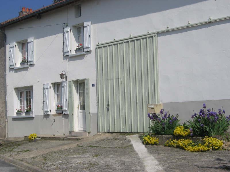 Sale house / villa Dompierre les eglises 98000€ - Picture 3