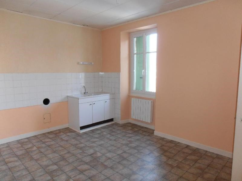 Location appartement Izenave 390€ +CH - Photo 2