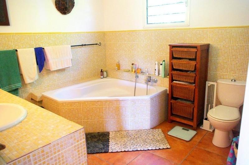 Deluxe sale house / villa Bellemene 593000€ - Picture 9