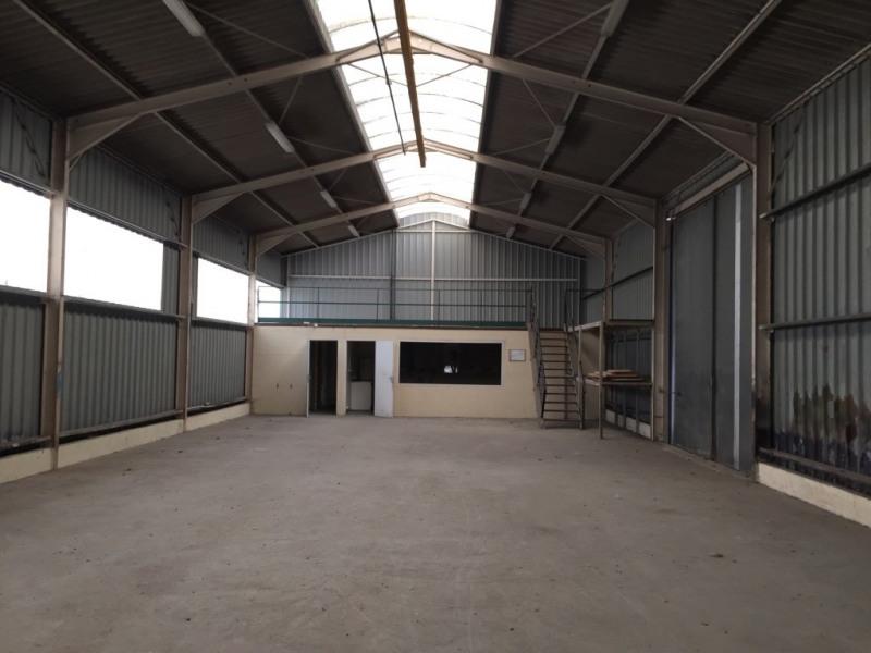 Location Local d'activités / Entrepôt Notre-Dame-de-Gravenchon 0