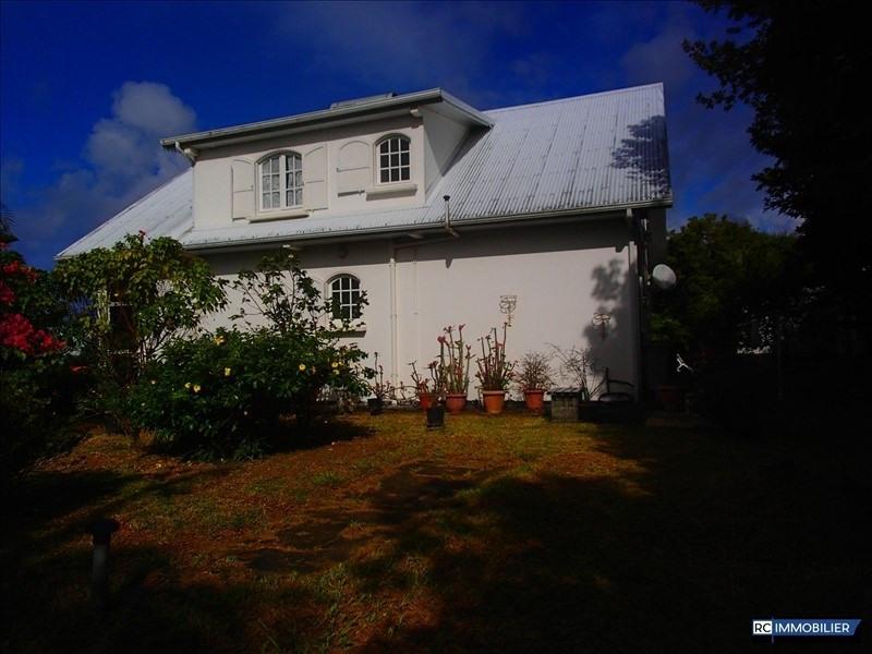 Sale house / villa St benoit 398000€ - Picture 1