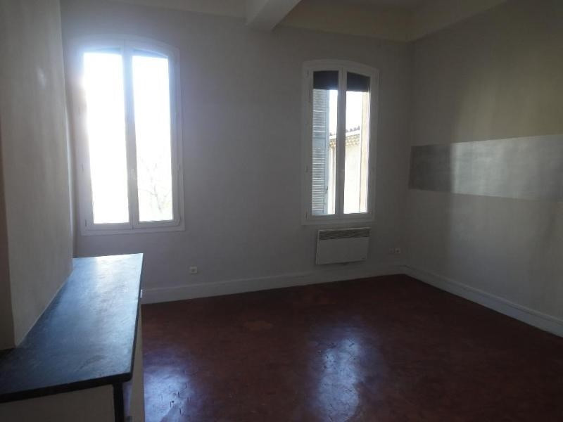 Location appartement Aix en provence 760€ CC - Photo 2