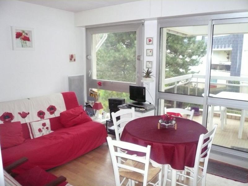 Rental apartment Cucq 380€ CC - Picture 1