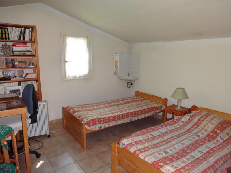 Sale house / villa Althen des paluds 335000€ - Picture 8