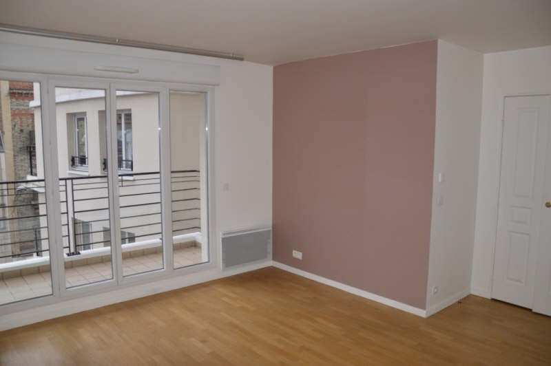 Location appartement Suresnes 1 212€ CC - Photo 2