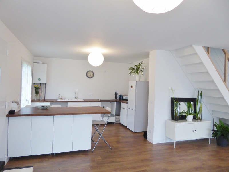 Sale house / villa Luzarches 307000€ - Picture 1