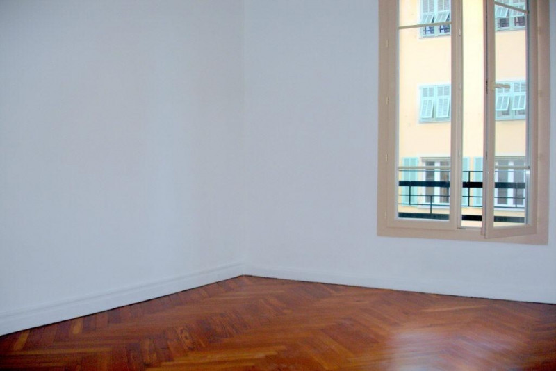 Rental apartment Nice 816€cc - Picture 2