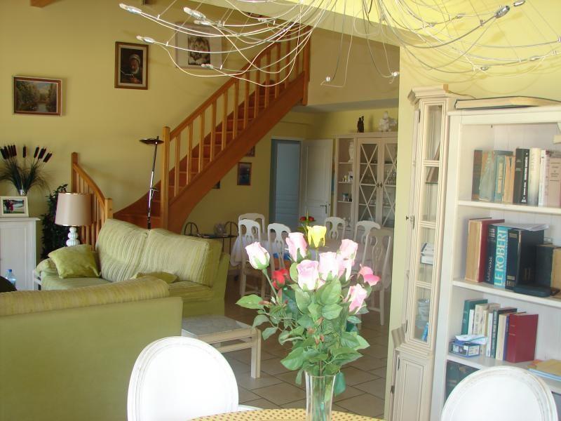 Vente maison / villa L isle jourdain 301000€ - Photo 4