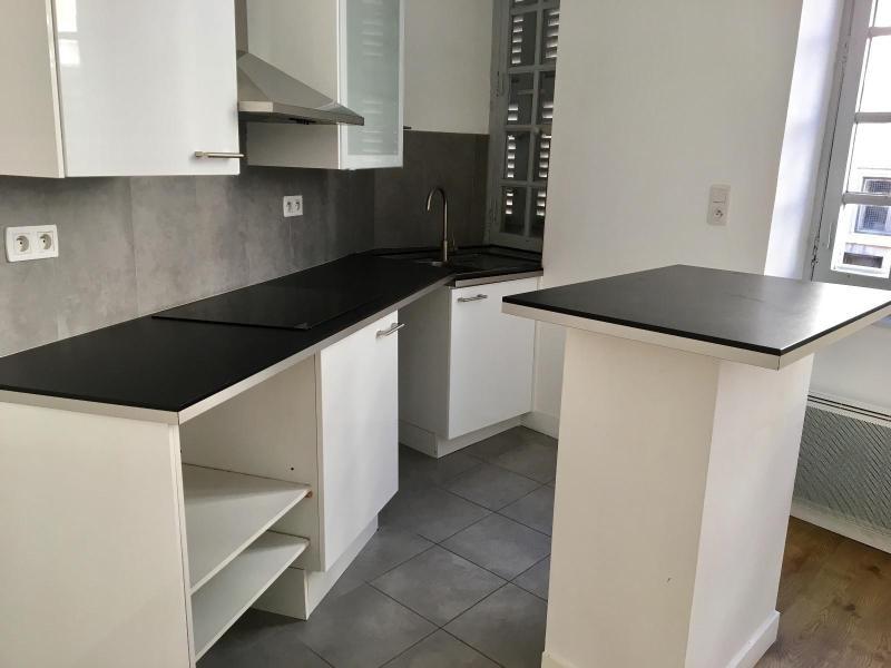 Location appartement Aix en provence 791€ CC - Photo 3