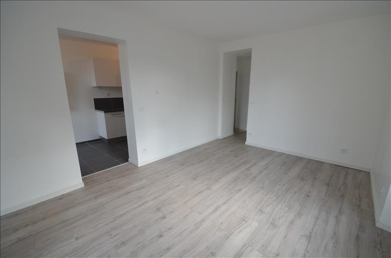 Rental apartment Croissy sur seine 920€ CC - Picture 3