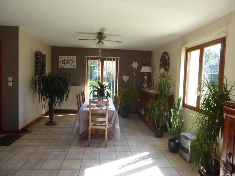 Sale house / villa Terrasson lavilledieu 240750€ - Picture 6