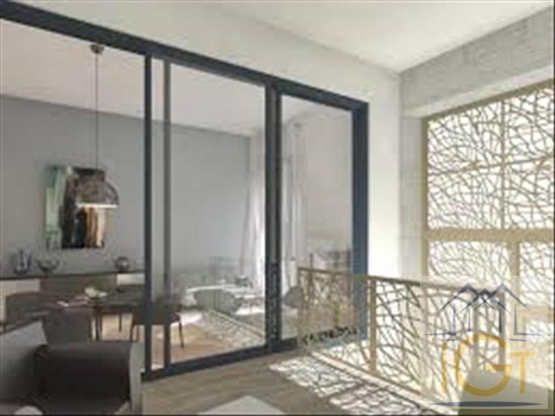 Deluxe sale apartment La rochelle 614928€ - Picture 2