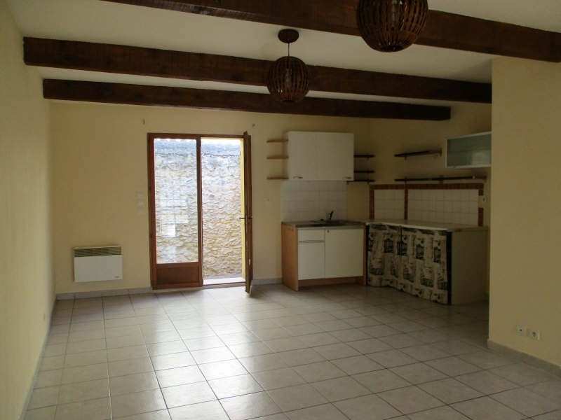 Rental house / villa Eyguieres 700€ CC - Picture 2