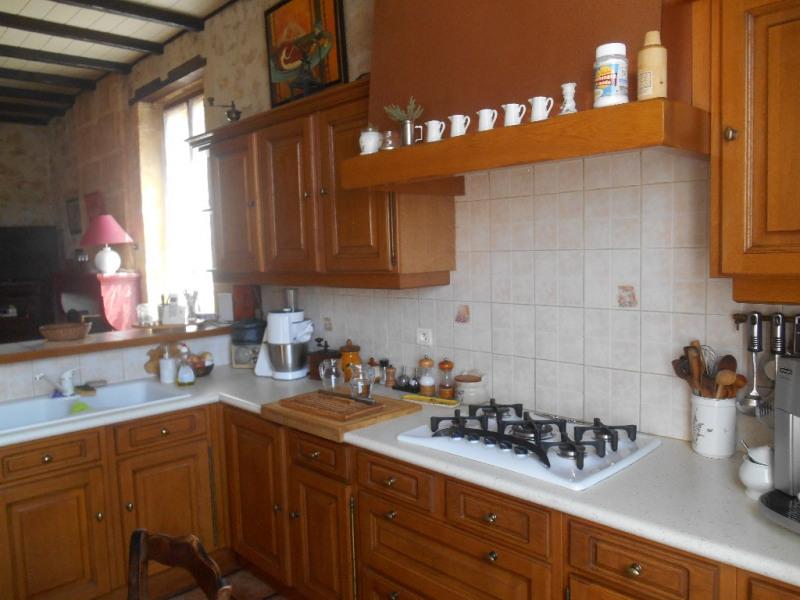 Sale house / villa Ayguemorte les graves 299000€ - Picture 4