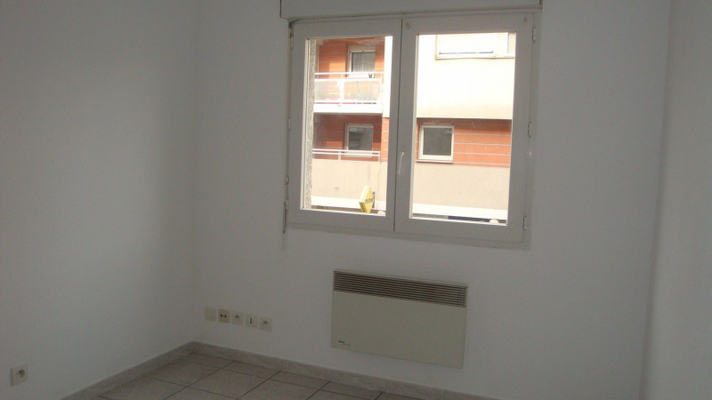 Rental apartment St martin d heres 356€ CC - Picture 2
