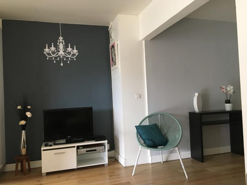 Rental apartment Paris 11ème 1890€ CC - Picture 5