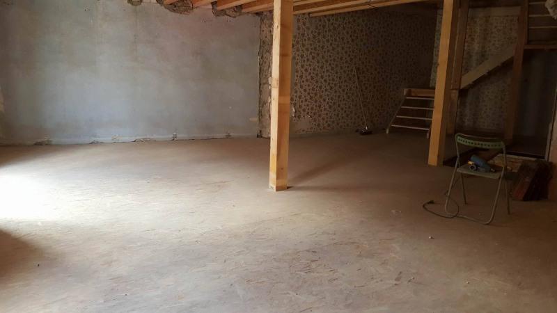 Sale house / villa Espaly st marcel 79900€ - Picture 3