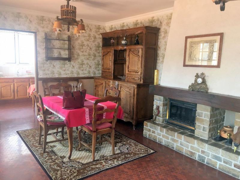 Sale house / villa Laval 190360€ - Picture 3