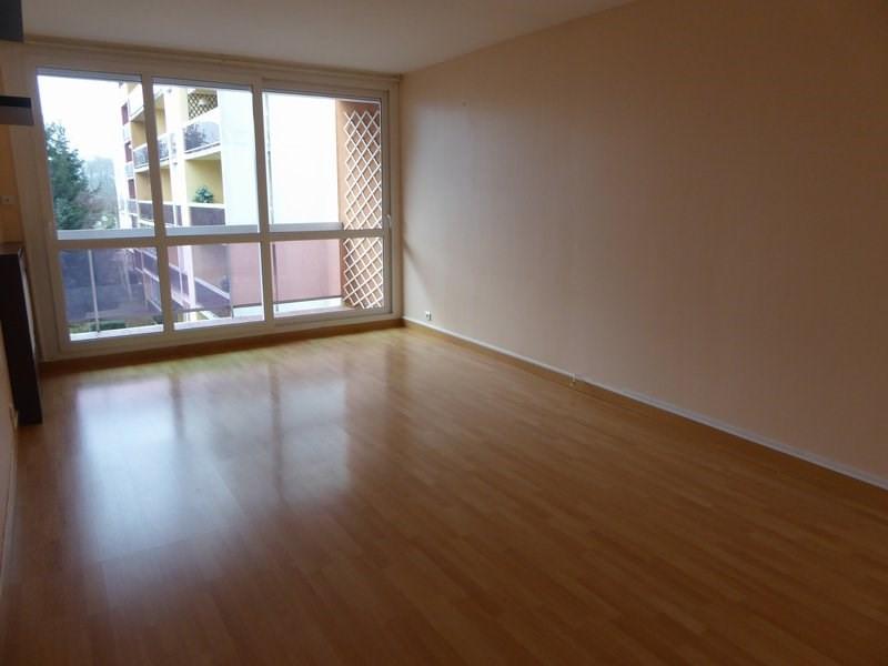 Sale apartment Maurepas 218000€ - Picture 1