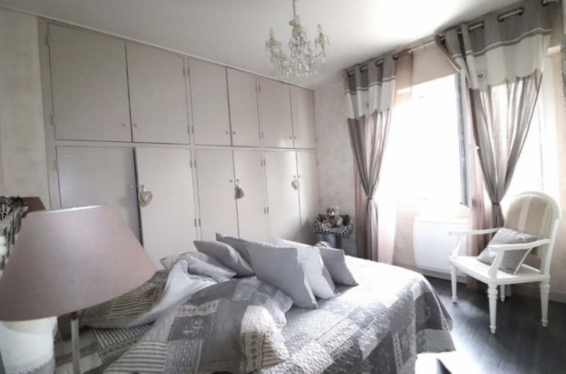 Sale apartment Toulon 460 000€ - Picture 4