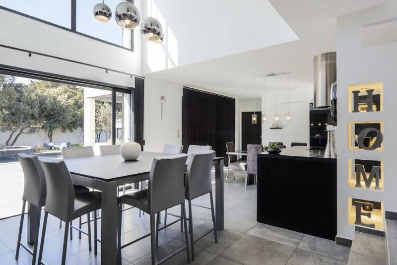 Deluxe sale house / villa Domazan 880000€ - Picture 4