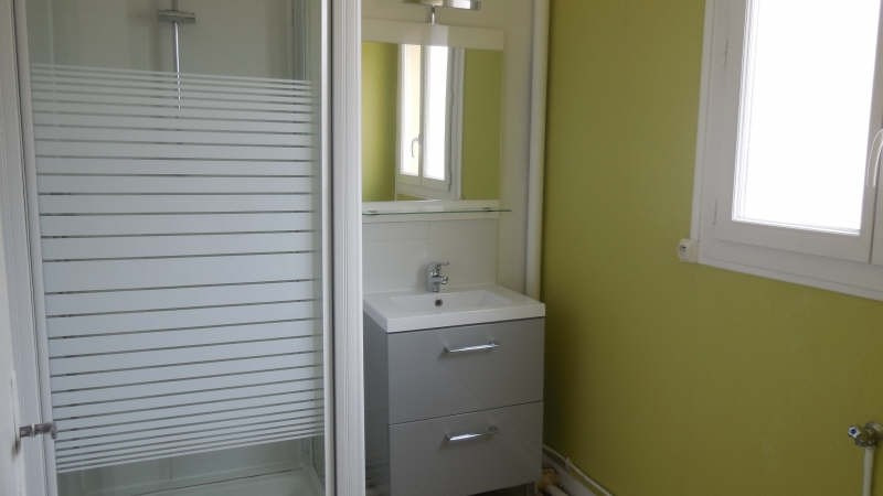 Location appartement Yvetot 459€ CC - Photo 4