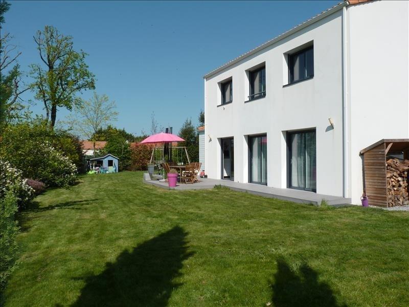 Sale house / villa Nieul le dolent 270400€ - Picture 1