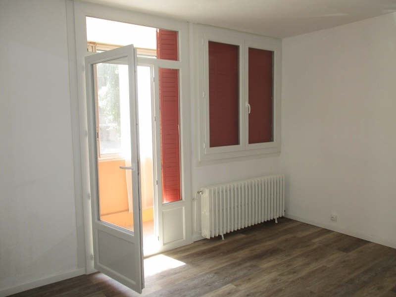 Location appartement Nimes 515€ CC - Photo 2