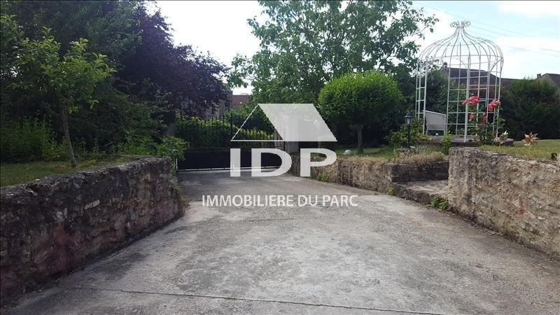Sale house / villa Corbeil-essonnes 495000€ - Picture 1