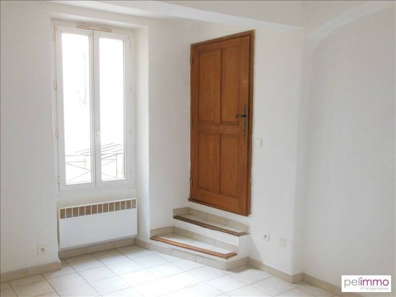 Location appartement Eyguieres 397€ CC - Photo 2
