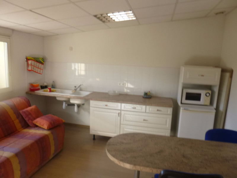Location local commercial Morieres les avignon 4 000€ HC - Photo 9