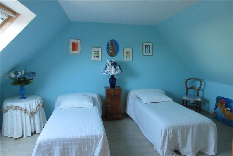 Sale house / villa Pont croix 177140€ - Picture 9