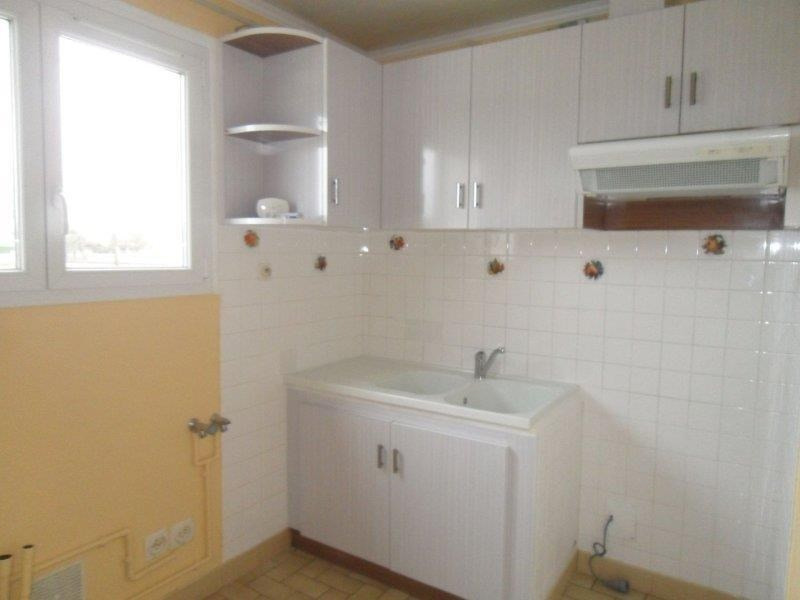 Rental apartment Piney 506€ CC - Picture 4