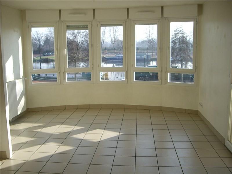 Location appartement Roanne 414€ CC - Photo 2